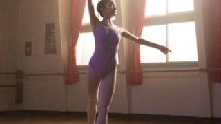 ミッドナイトスワン服部みさきバレエ画像