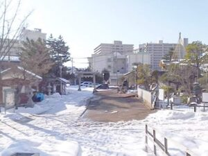 新潟三社神社駐車場画像