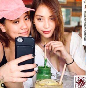 滝沢カレンと親友サチコ画像